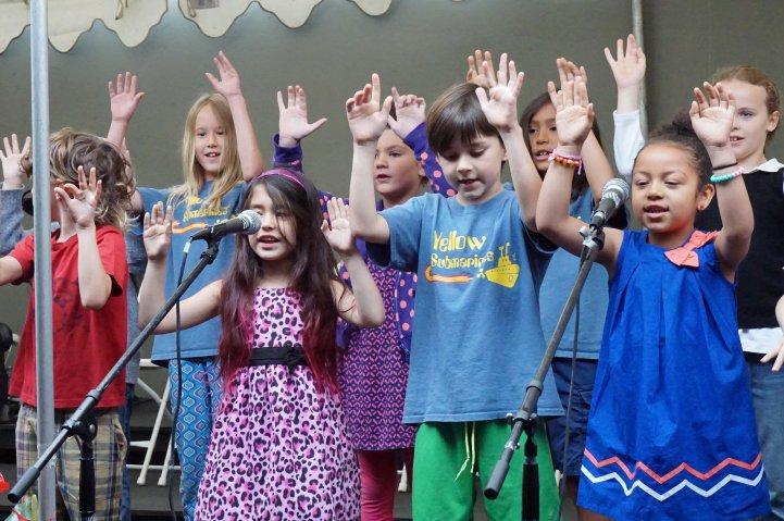 ES music performance kids on stage