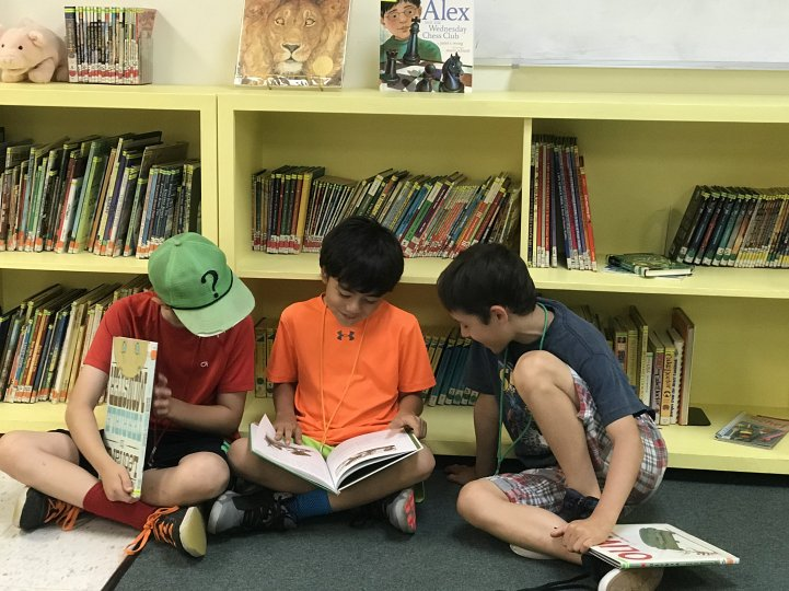 ES Students reading in library