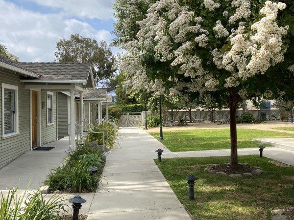 HS campus bungalows empty quad