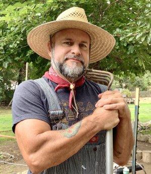 Kevin Farm Bio